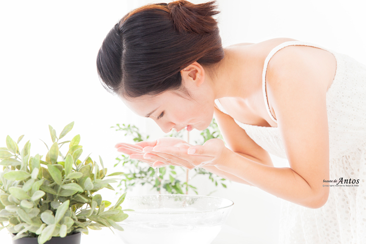 洗顔女性720